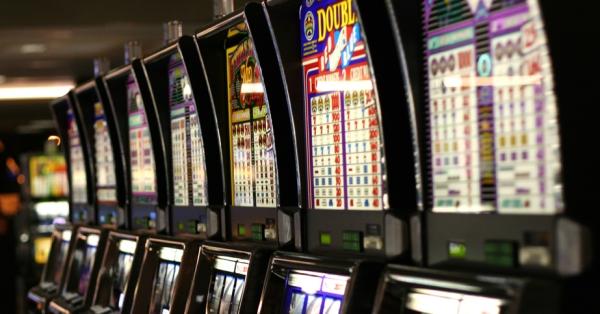 Mýty a fakta o výherních automatech a dalších casinových hrách