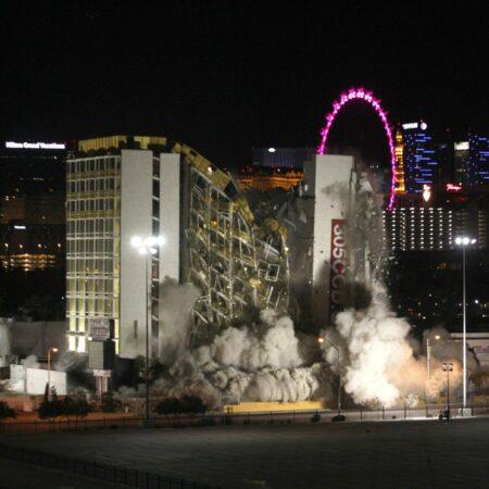 Las Vegas poprvé za 7 let zbouralo kasino