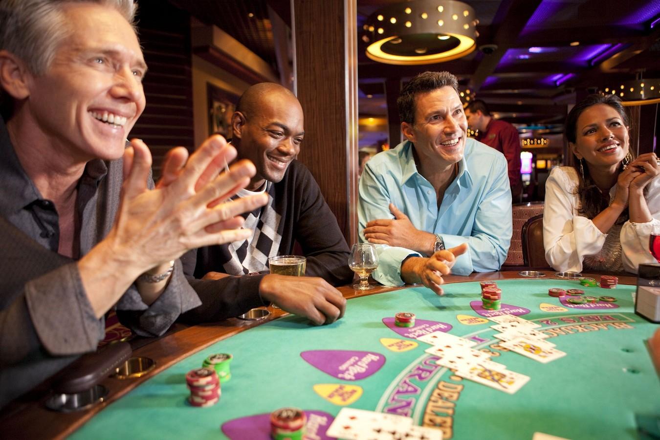 Las vegas casino poker