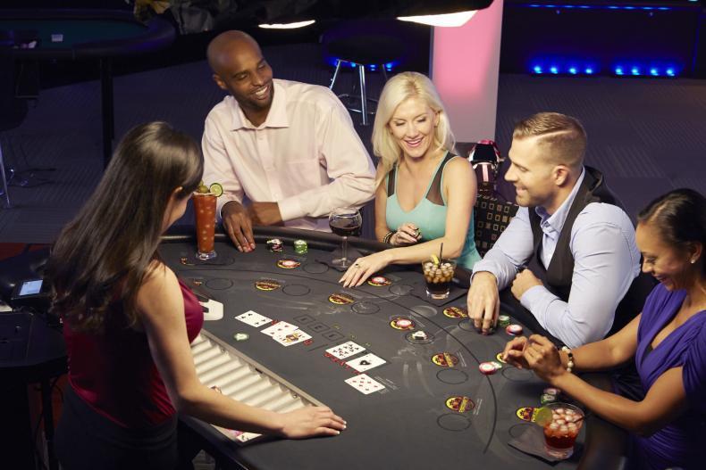 Strategie pro baccarat: Dají se ve hře počítat karty?