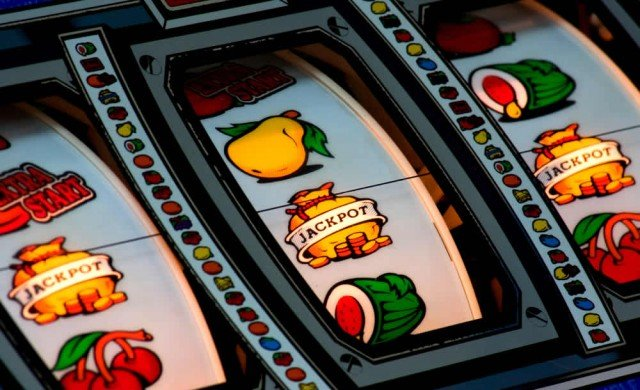 gambling slots online fruit casino