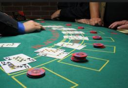 Jak casina odhalí a chytí hráče, který počítá karty?