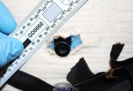 Cizinci casino okradli o sto tisíc korun, koukali se krupiérce do karet kamerou