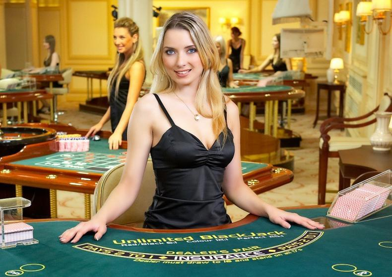 Nejdůležitější casinové inovace moderní doby – live dealeři v online casinech