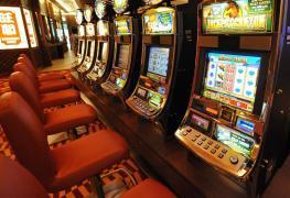 Na výherním automatu vsadil 70 korun, vyhrál 260 milionů!